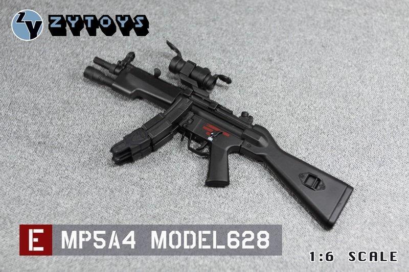 REFERENCES : GUNS - Page 3 213437j9hkiw3i8ooh9xxq.jpg.thumb