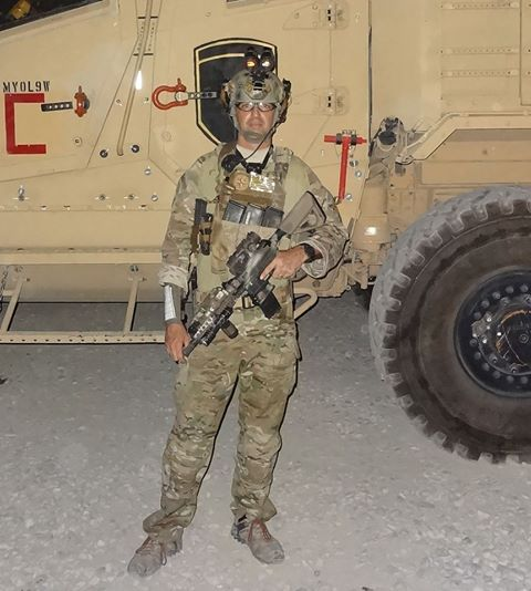 Jeff_Gurwitch_Truck_ATS_Tactical_Armor_Plate_Carrier_Body_Armor_and_Ferfrans_CRD_1.jpg