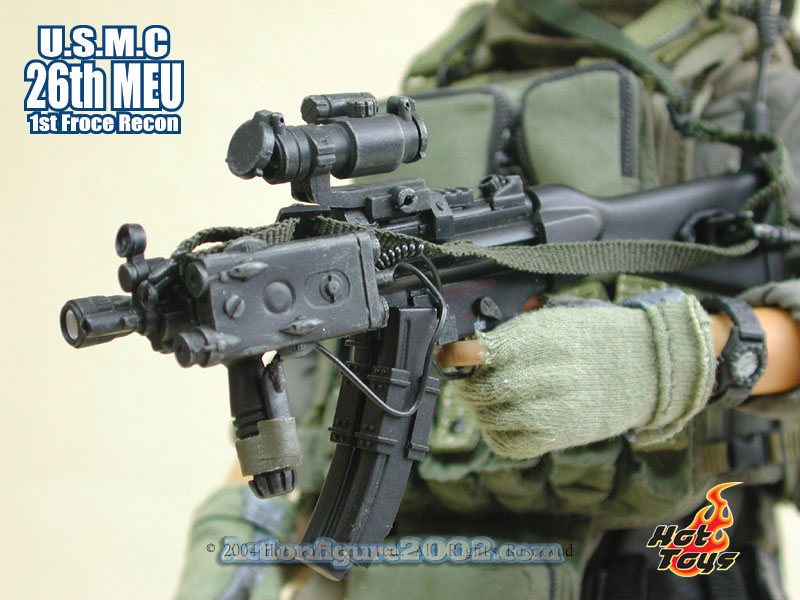 Hot_Toys_USMC_MEU_MP5_400.jpg