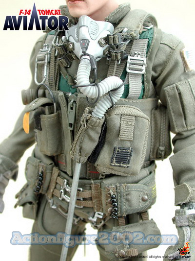 Hot_Toys_F_14_TOMCAT_AVIATOR_09.jpg