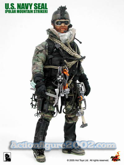 Hot_Toys_POLARMOUNTAINSTRIKER_Woodland_07.jpg