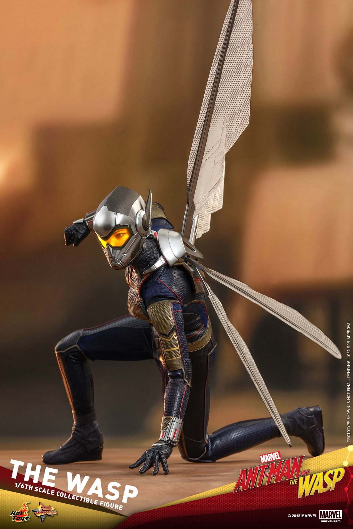 Hot-Toys-Ant-Man-and-The-Wasp-The-Wasp-Collectible-Figure_PR14.jpg