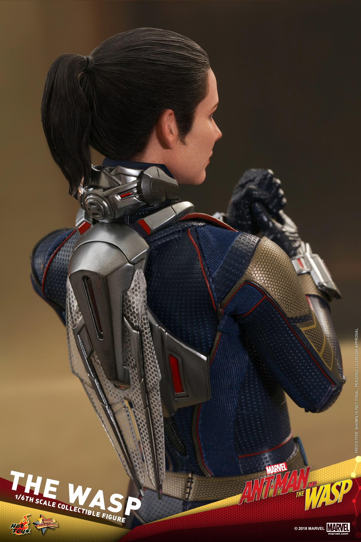 Hot-Toys-Ant-Man-and-The-Wasp-The-Wasp-Collectible-Figure_PR22.jpg