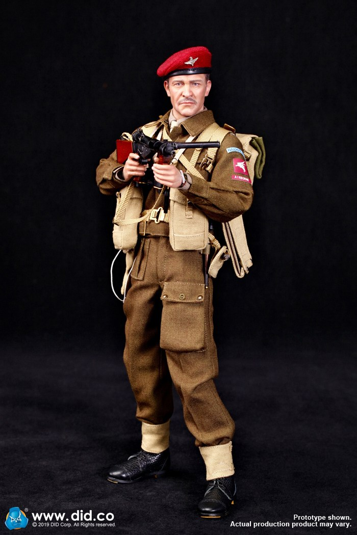 DID K80135 WWII British Airborne Red Devil Commander Roy 5.jpg