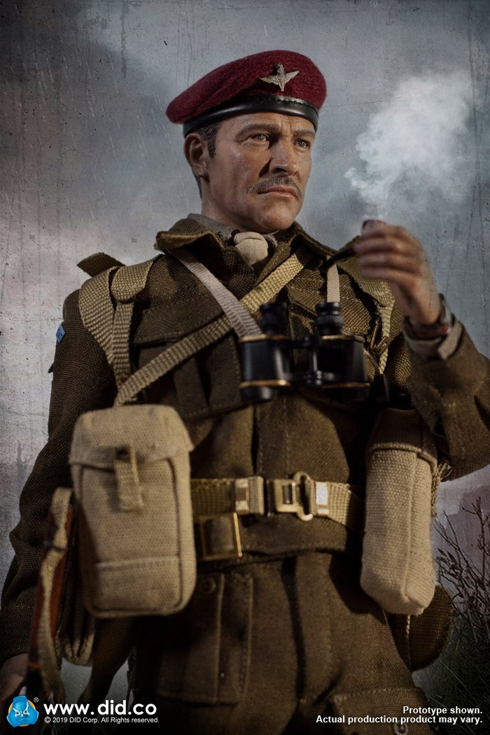 DID K80135 WWII British Airborne Red Devil Commander Roy 14.jpg