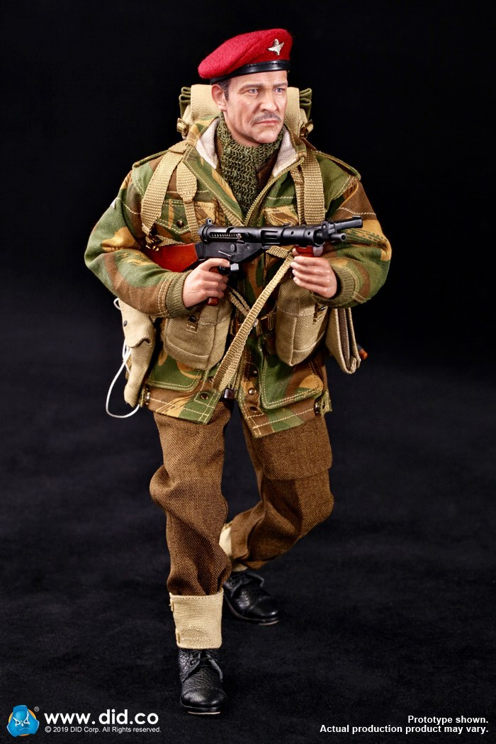 DID K80135 WWII British Airborne Red Devil Commander Roy 19.jpg