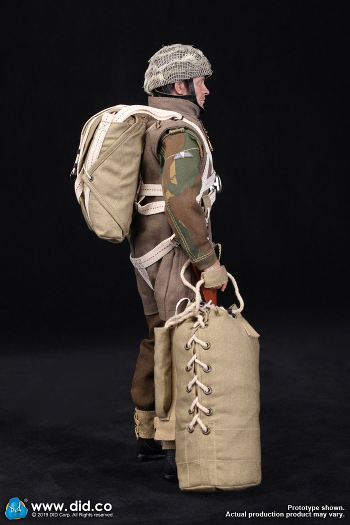 DID K80135 WWII British Airborne Red Devil Commander Roy 24.jpg