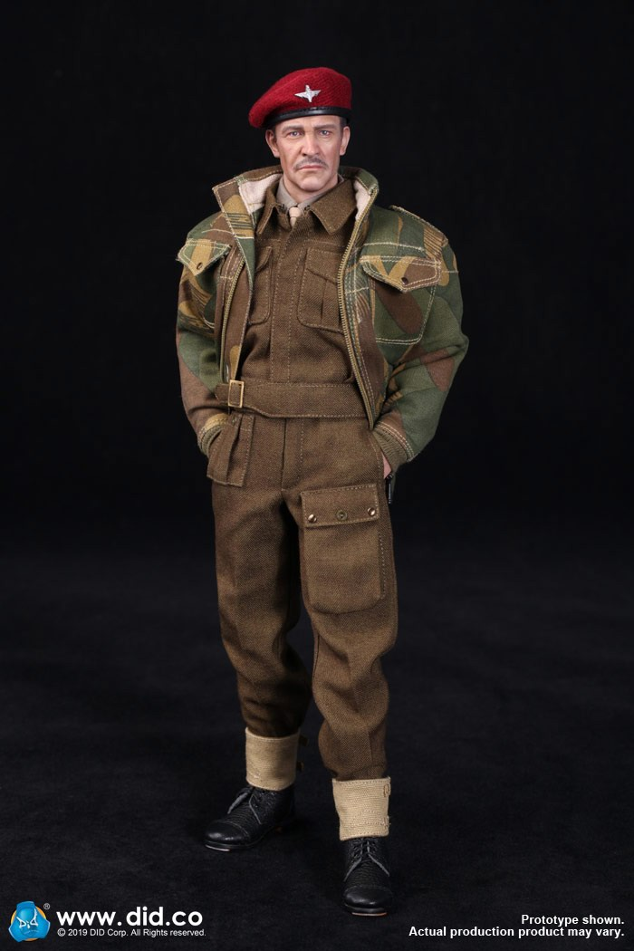 DID K80135 WWII British Airborne Red Devil Commander Roy 62.jpg