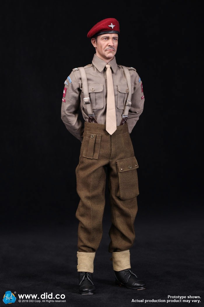 DID K80135 WWII British Airborne Red Devil Commander Roy 67.jpg
