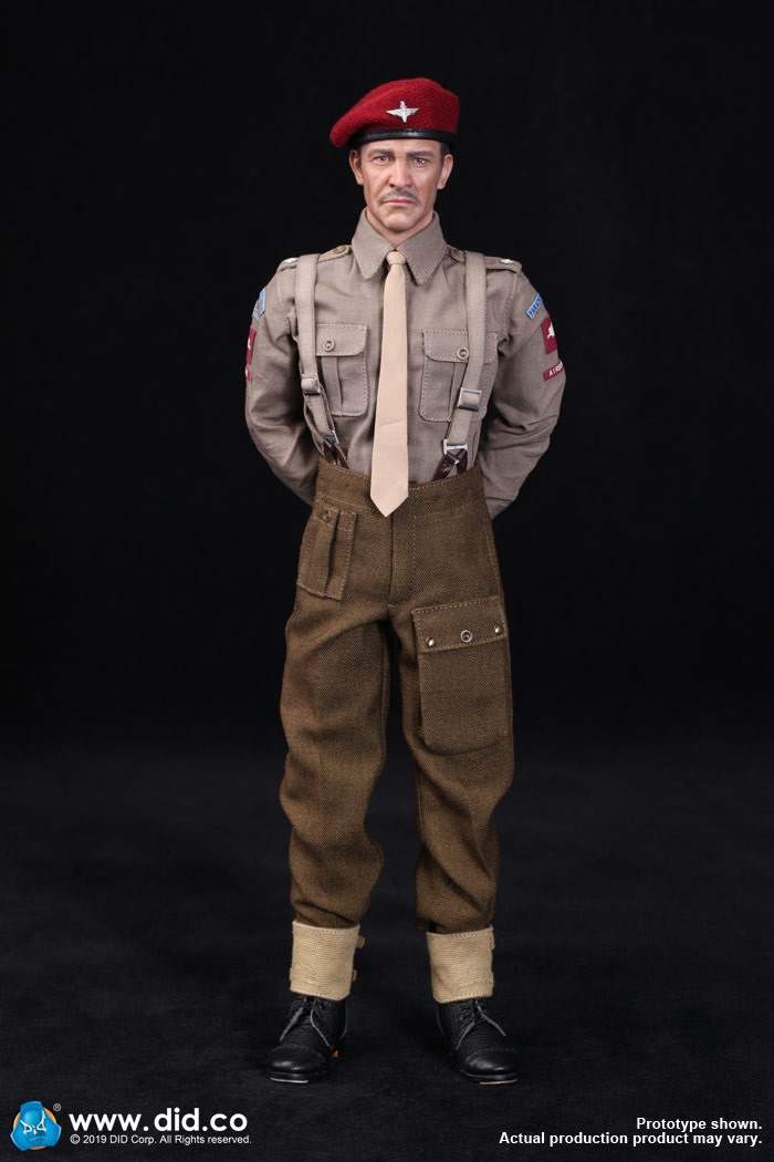 DID K80135 WWII British Airborne Red Devil Commander Roy 66.jpg
