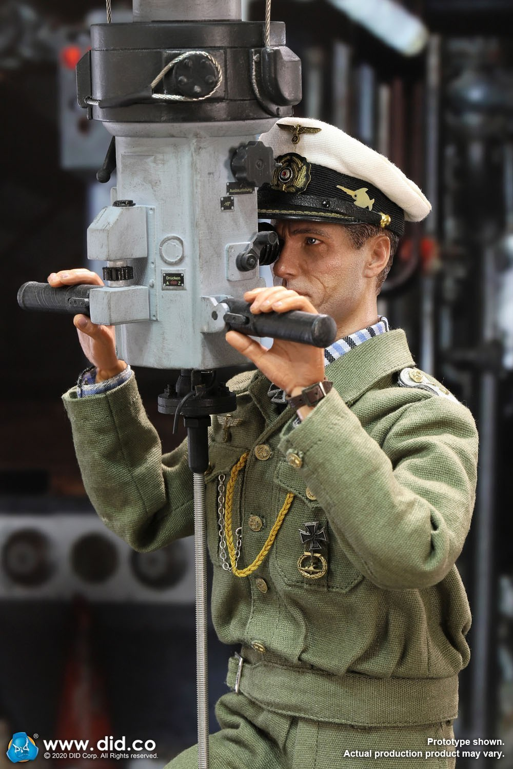DID E60058 German U-Boat periscope diorama  13.jpg