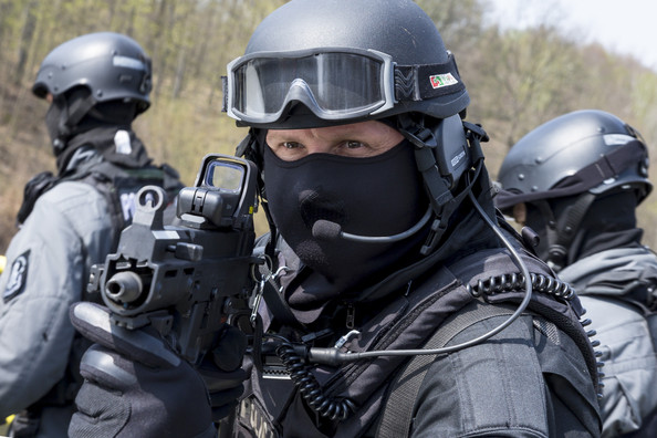 German Polish Police Special Forces Joint 4zWQB0AnVqYl.jpg
